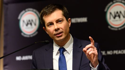 2020 hopeful Pete Buttigieg says fellow Hoosier Mike Pence could end 'feuding' by opposing discrimination