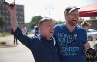 Presidential hopeful John Hickenlooper gets emotional about hot dogs and equal pay: Young Voter Money 2020
