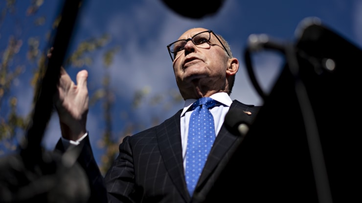 Trump advisor Kudlow teases middle class tax cut as 2020 campaign heats up